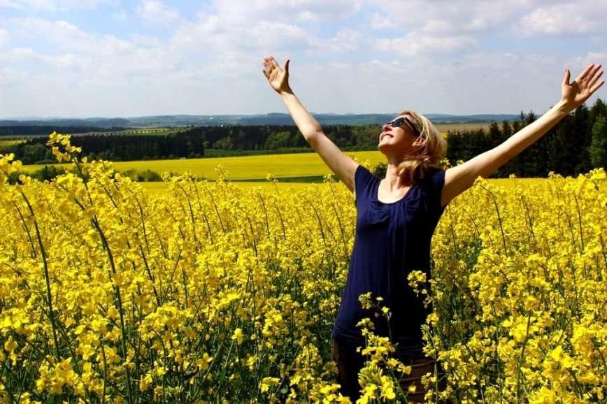 Испытать позитивный стресс и еще 4 верных способа научиться радоваться жизни
