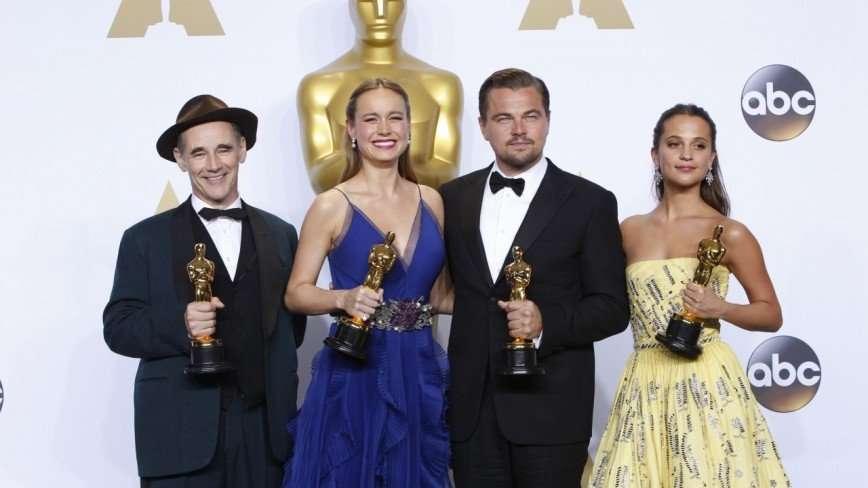 Купить нельзя выиграть: интересные факты об «Оскаре», которые могут вас удивить