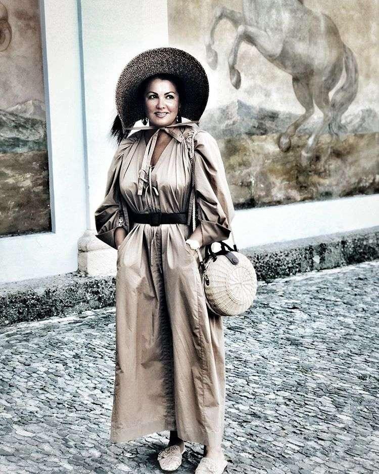 Как Скарлетт О'Хара: Анна Нетребко показала дивную шляпу