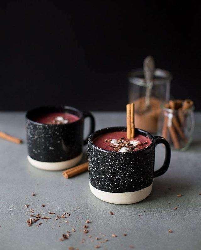 Свекольно-шоколадный согревающий напиток: рецепт Марии Кравцовой