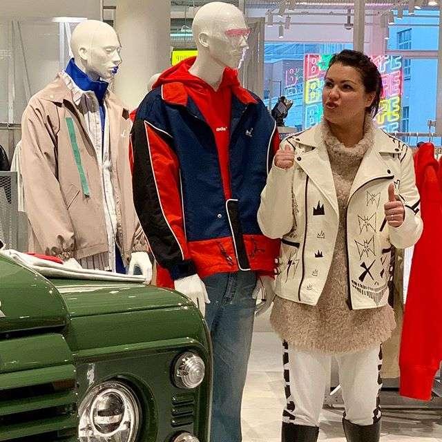 Анна Нетребко призналась, что выбирает одежду в мужском отделе