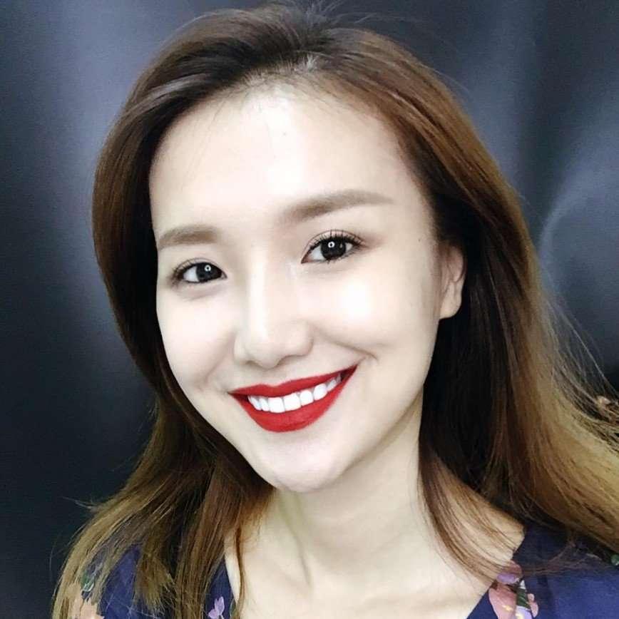 Визажист из Китая перевоплощается в любую знаменитость с помощью макияжа