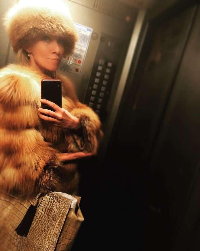 «Моя сумка стоит 200 долларов»: Мария Захарова дала ответ о цене аксессуара
