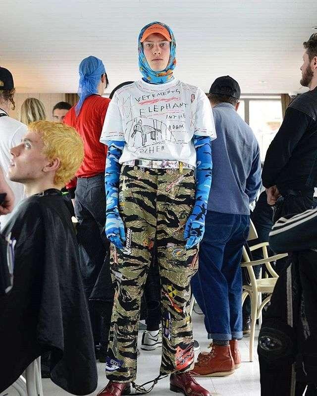 Я надену все худшее сразу: что такое Scumbro и почему одежда из комиссионок стала модной