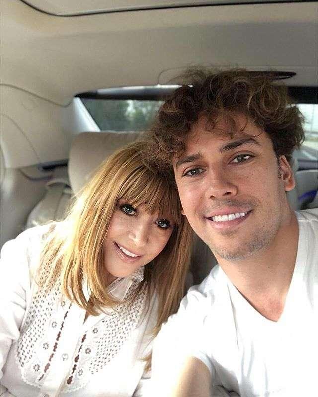 Молодые и красивые: Максим Галкин опубликовал нежное фото с женой