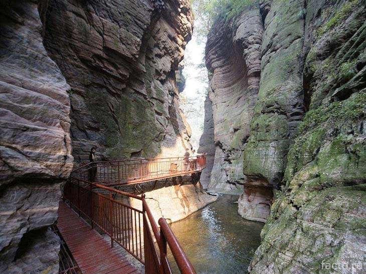 Ущелье Лунтань